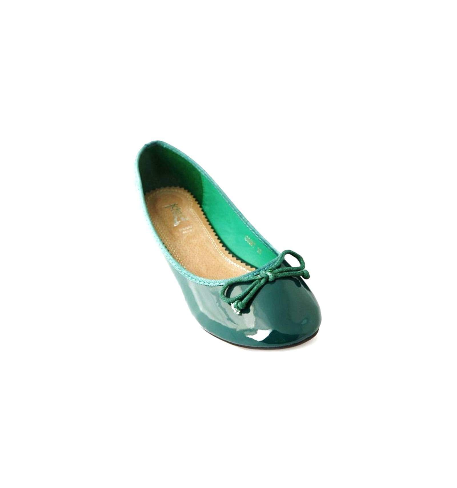 chaussures vernis vertes green sandals. Black Bedroom Furniture Sets. Home Design Ideas