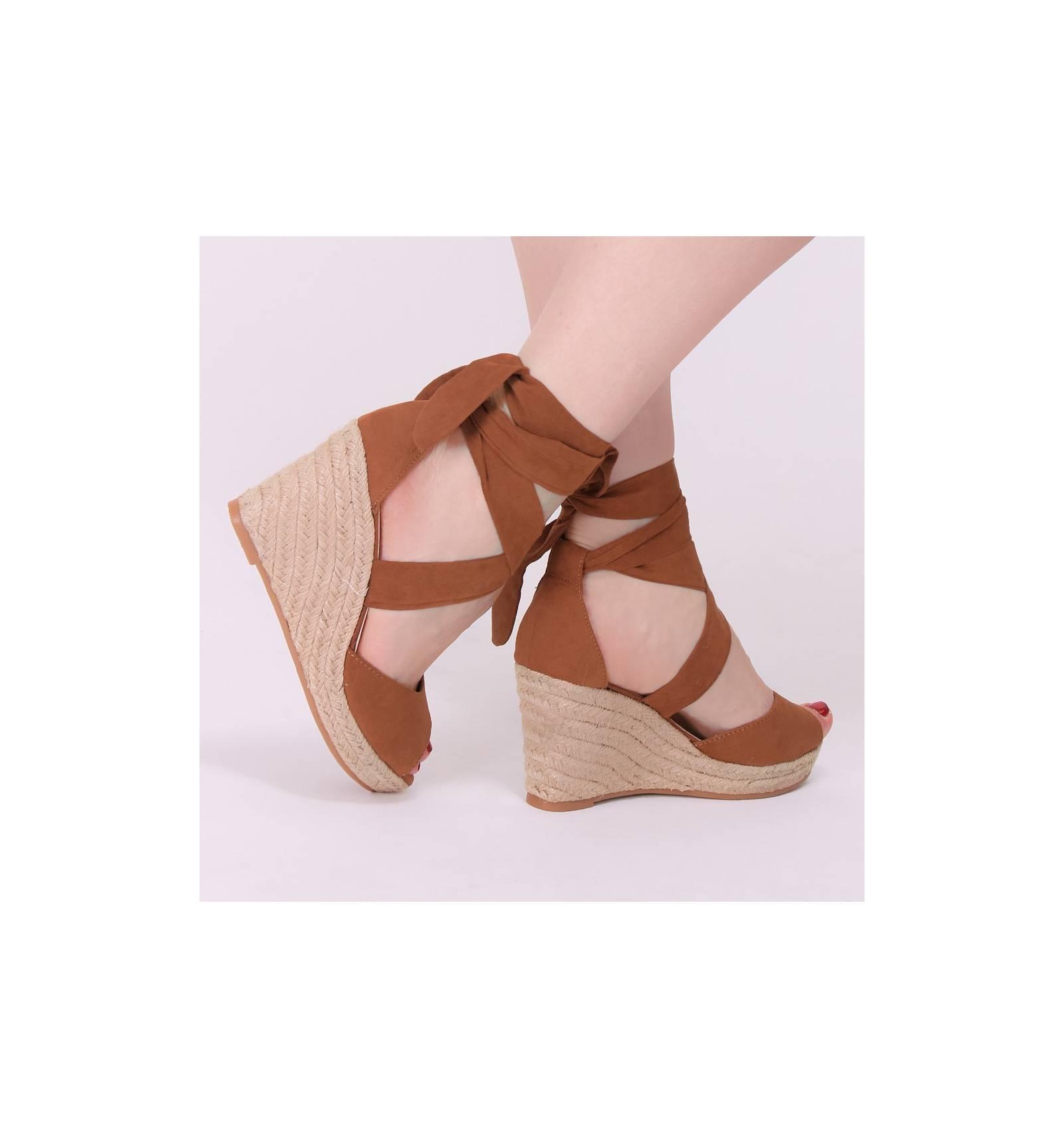 on feet shots of nice shoes price reduced Espadrilles femme daim talon corde compensée camel ruban ...