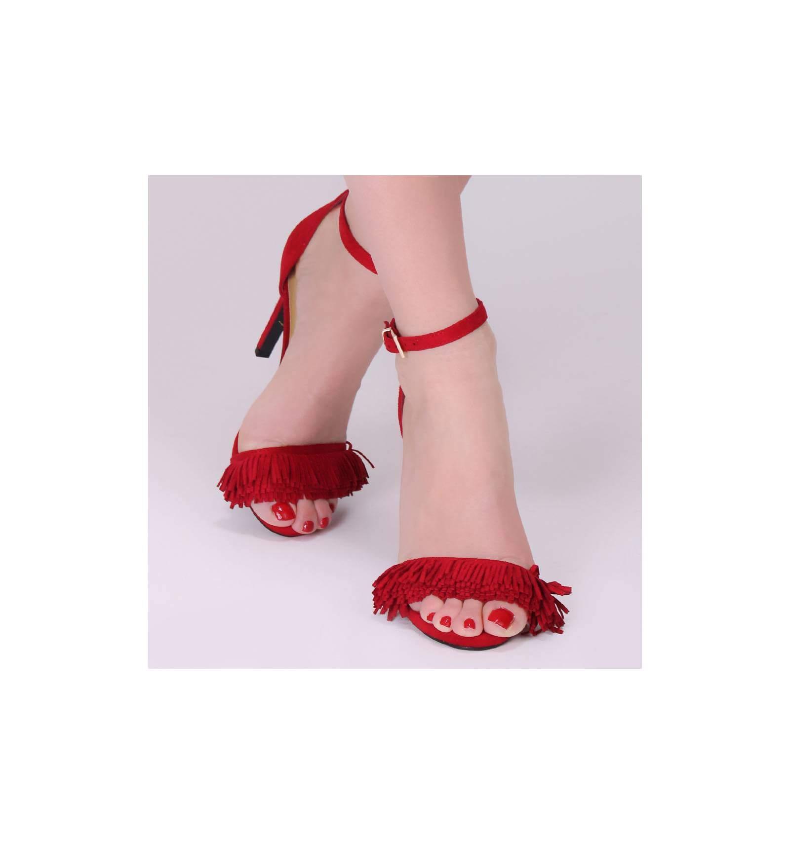 Sandales femme tendance à talon aiguille avec franges rouges